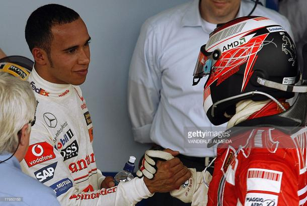 Lewis Hamilton was denied a title in his first season. | Photo: Getty Images/Vanderlei Almeida