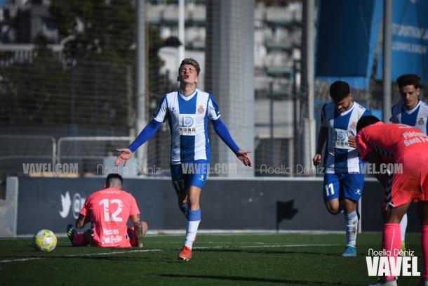 Pau Martínez celebrando su gol. FOTO: Noelia Déniz