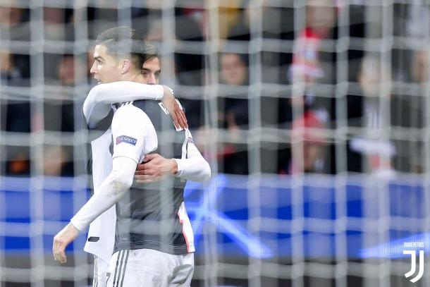Cristiano Ronaldo celebrando con Paulo Dybala | Foto: Juventus