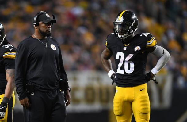 Tension between the Steelers and Bell continued on into the season | Source: Getty Images