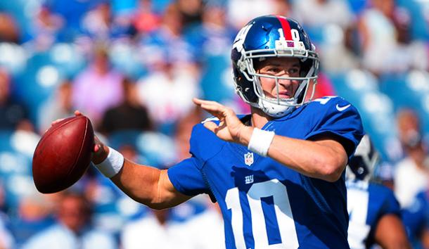 Eli Manning se dispone a lanzar. Fuente: New York Giants