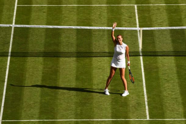 Petra Kvitova waves to the crowd following her victory today (Getty/David Ramos)