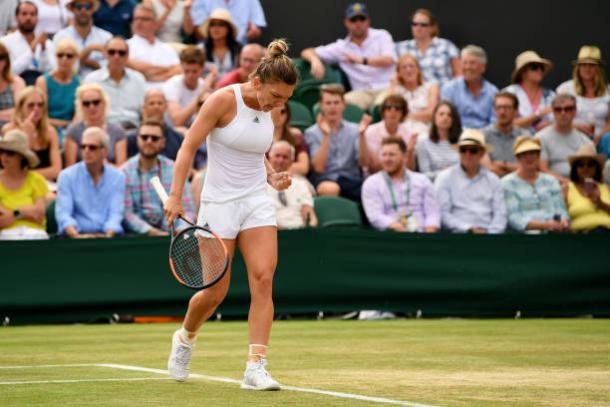 Simona Halep during her straight sets win over Victoria Azarenka (Getty/Shaun Botterill)