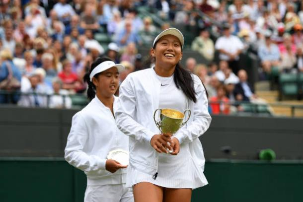Claire Liu after taking the junior title at Wimbledon (Getty/Shaun Botterill)