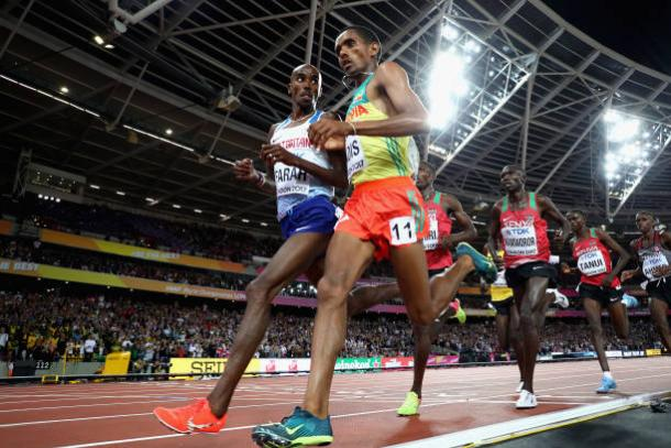 Farah and Abada Hadis midway during the race (Getty/Michael Steele)