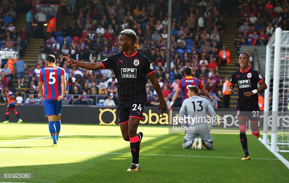 Mounie celebrating his second at Palace (GettyImages/ NurPhoto)