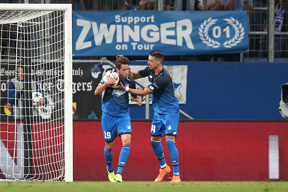 Uth ainda diminuiu para o Hoffenheim, mas a igualdade não aconteceu (Foto: Alex Grimm / Bongaerts via Getty Images)