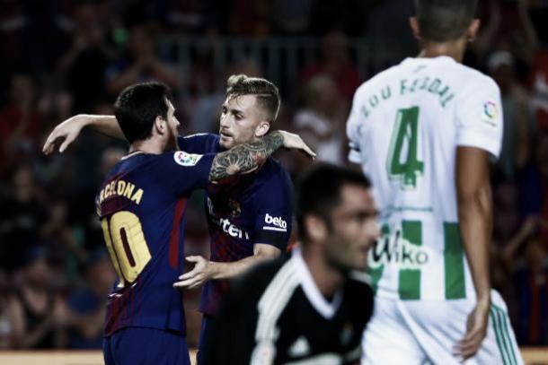 Messi e Deulofeu comemoram o primeiro gol do Barça | Foto: Gonzalo Arroyo Moreno/Getty Images