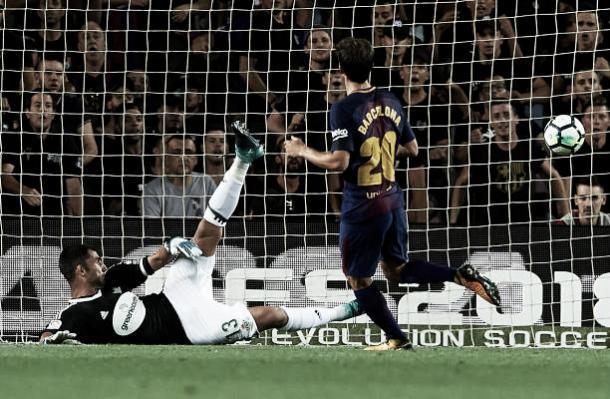 Momento do gol de Sergi Roberto | Foto: Manuel Queimadelos Alonso/Getty Images