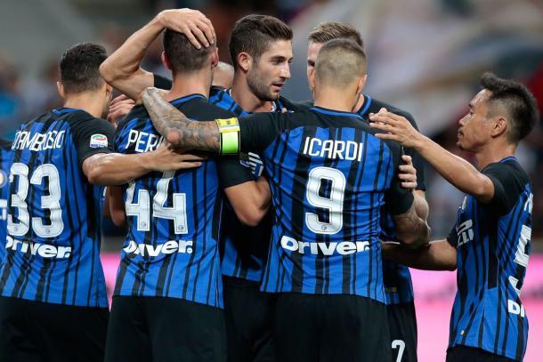 Los neroazurri celebran uno de los tres goles ante la Fiorentina. / Foto: inter.it
