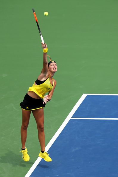 Mladenovic fights back | Photo: Maddie Meyer/Getty Images