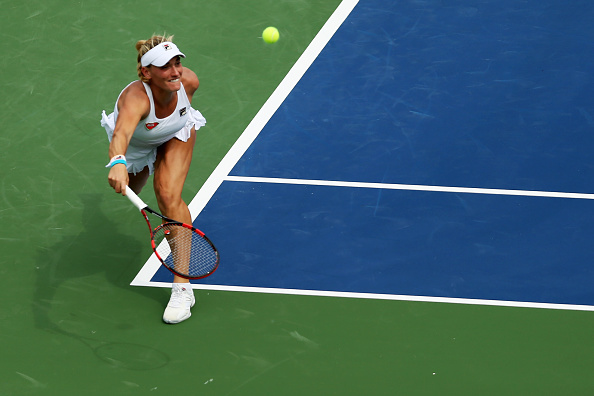 Babos comes from behind to level the second set | Photo: Maddie Meyer/Getty Images