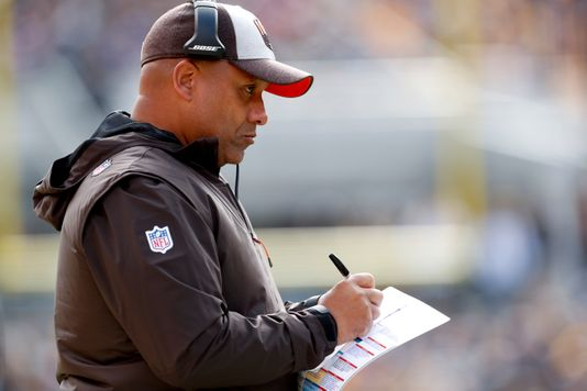 Hue Jackson's time in Cleveland is over | Source: Don Wright-AP