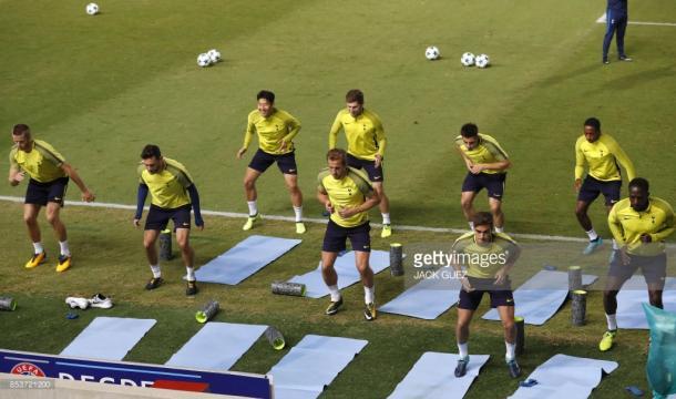 """Los """"Spurs"""" entrenando en el Estadio GSP, Nicosia (Foto: Getty Images)"""
