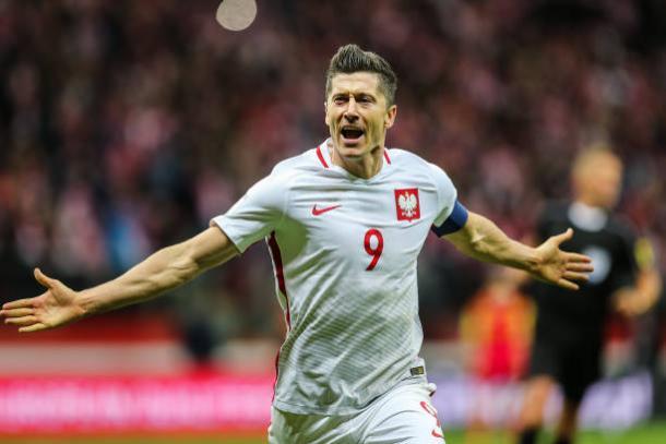 Lewandowski foi o artilheiro das Eliminatórias da Europa com 16 gols (Foto: Getty Images)