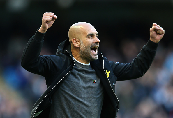Guardiola agitado à beira do campo (Foto: Victoria Haydn/Manchester City FC)