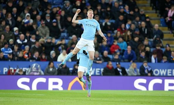 De Bruyne comemora seu gol (Foto: Plumb Images/Leicester City FC)