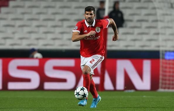 Zagueiro do Benfica pode ser a primeira contratação da Inter em janeiro (Foto: Gualter Fatia/Getty Images)