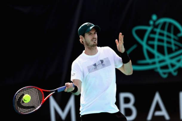 Murray practicing in Dubai earlier this week (Getty/Francois Nel)