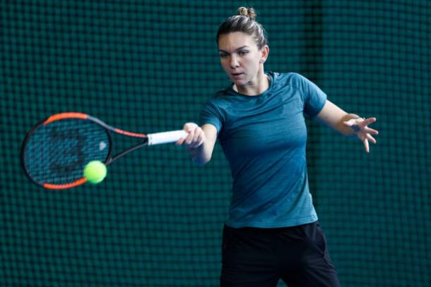 Simona Halep practicing in Shenzhen this week (Getty/Zhong Zhi)