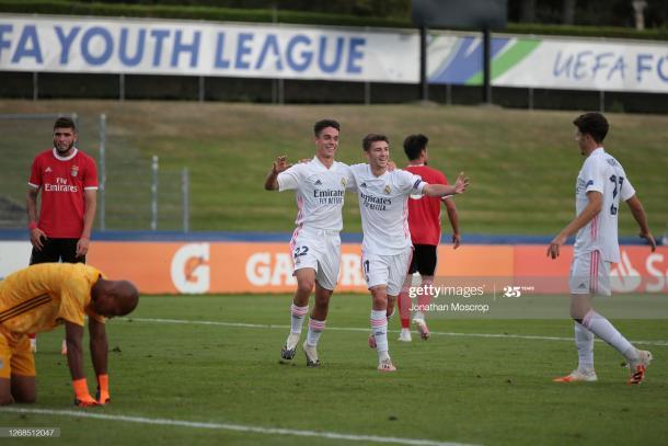 Sergio Arribas y Jordi Martín, durante la final de la UEFA Youth League | Fuente: Getty Images