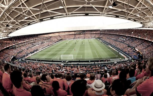 De Kuip acoge en varias ocasiones partidos de la selección holandesa | Foto: Twitter De Kuip