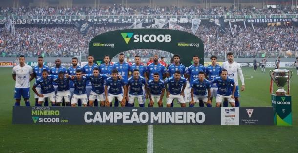 O Cruzeiro sagrou-se o campeão Mineiro de 2019 (Créditos: Bruno Haddad e Vinnícius Silva/Cruzeiro E.C.)