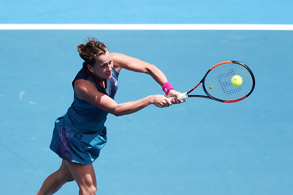 Barbora Strycova in action under the hot sun | Photo: Anthony Au-Yeung/Getty Images AsiaPac