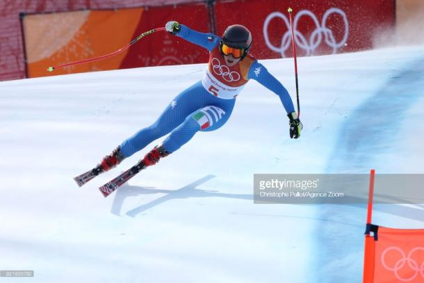 Olympics-Alpine skiing-Vonn leads Mowinckel after combined downhill, Shiffrin lurks