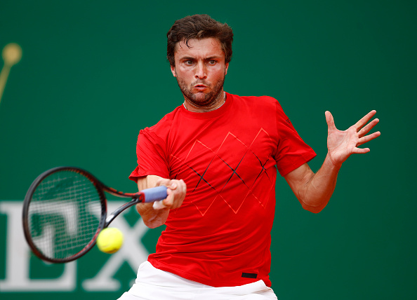 Gilles Simon in action during his first round win (Photo: Julian Finney/Getty Images)