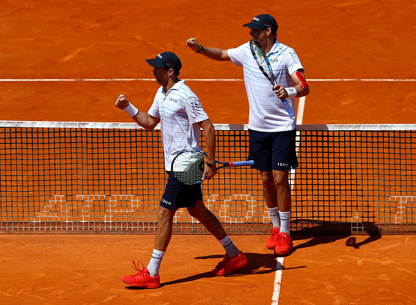 Bob and Mike Bryan celebrate victory in Monte-Carlo (Photo: Julian Finney/Getty Images)