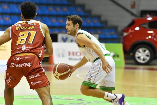Instantánea del encuentro entre el Real Murcia Baloncesto y el TAU Castelló | Fuente: Real Murcia Baloncesto