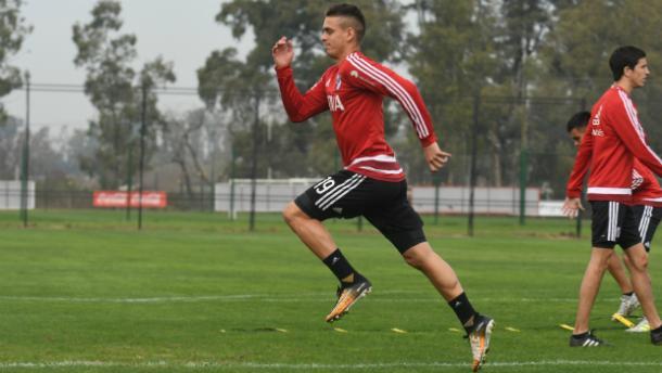 Santos Borré podría debutar en el Millonario. Foto: River oficial.