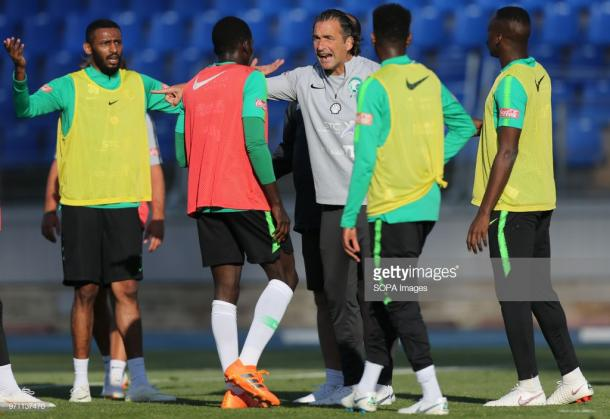 La selección saudí durante su último entrenamiento en el Estadio Krestovski | Foto: Getty Images
