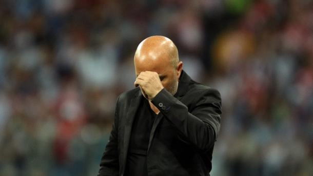 Sampaoli se lamenta con la actuación albiceleste | Foto: Getty Images.