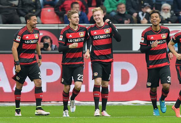 Jogadores comemorando um dos gols na vítoria sobre o Hertha que deu a classificação direta para UCL Foto: Marco Leipold/Getty Images