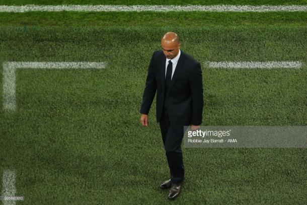 Roberto Martínez decepcionado tras la derrota | Foto: Getty Images