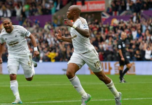 Should Ayew stay in South Wales? | Image source: GOAL.com