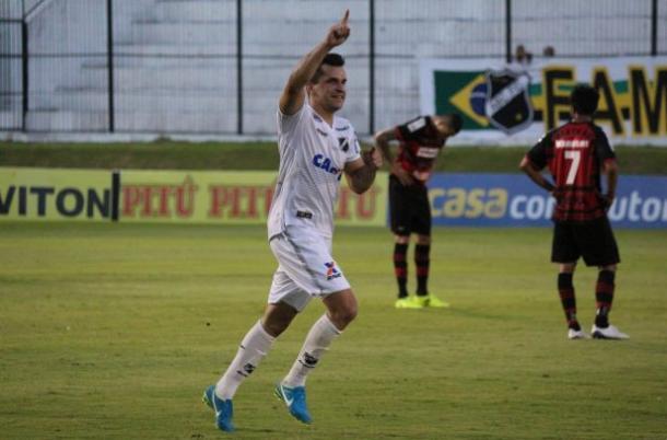 Revés para já rebaixado ABC acaba com chances do Rubrão ir à elite (Foto: Andrei Torres/ABC FC)