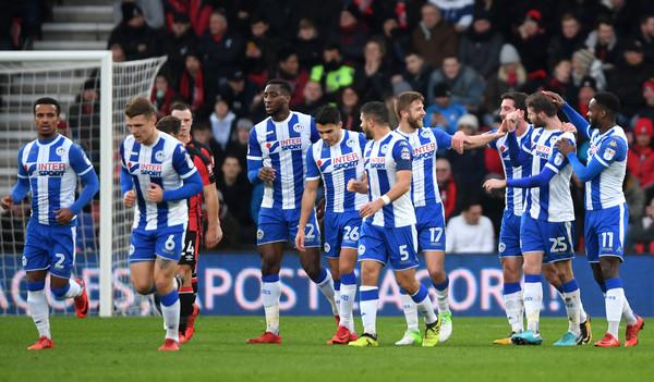El Wigan celebra el tanto de Powell. Foto: Getty Images