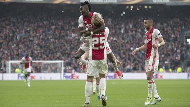 Festa Ajax. | Fonte immagine: Twitter @AFCAjax