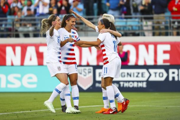 Mallory Pugh celebrates her goal with her teammates | Source: Logan Bowles-Getty Images