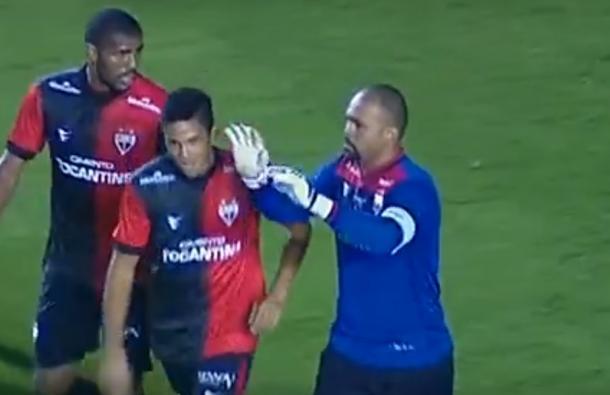 Márcio comemora o gol da virada do Dragão sobre o Santos em 2012 (Foto: reprodução/YouTube)
