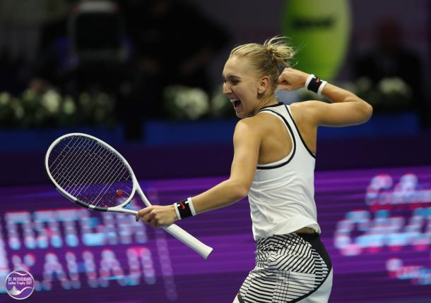Elena Vesnina celebrates a win at the St. Petersburg Ladies Trophy | Photo: WTA FormulaTX