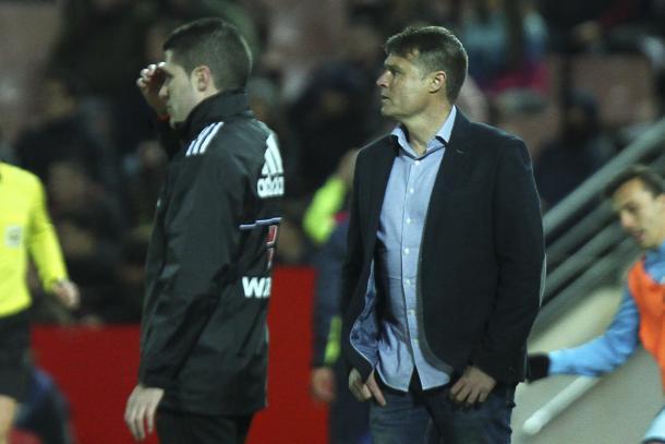 Pedro Morilla en su debut al frente del primer equipo del Granada | Foto: Antonio L. Juárez