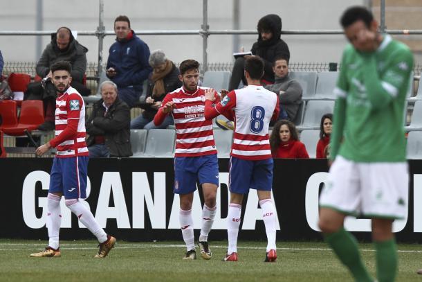 Jean Carlos celebra su gol | Foto: Antonio L. Juárez