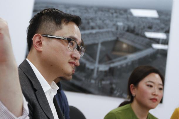 John Jiang en su encuentro con la prensa | Foto: Antonio L. Juárez