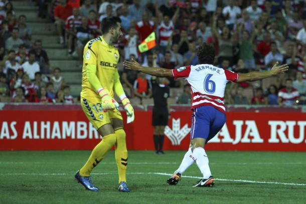 German Sanchez celebra el gol anulado por fuera de juego. Foto: Antonio L Juárez
