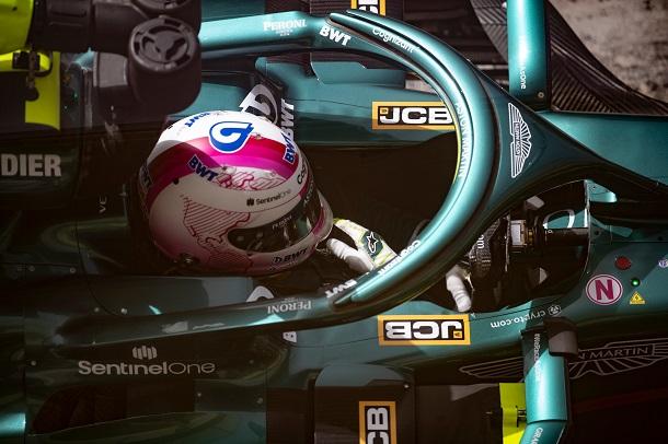 Sebastian Vettel en los test de pretemporada. Fuente: Aston Martin