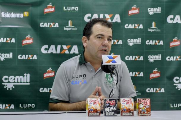Técnico do Coelho é o mais longevo do Brasil (Foto: Divulgação/América-MG)